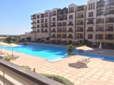 For sale 1-bedroom luxury apartment in a complex on the private beach